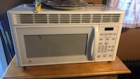 white General Electric microwave oven Newburgh, 12550