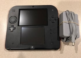 Nintendo 2DS & Charger