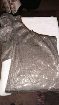 Like new small sequences one sleeve dress Hanford, 93230