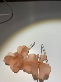 Earings pink flower from Zara