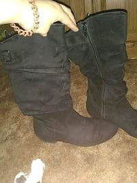 pair of black leather knee-high boots Grand Junction, 81501