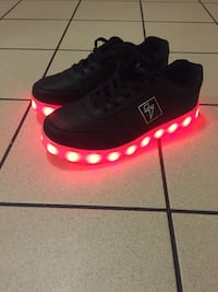 LED shoes woman's size 6 Calgary, T2E 4S7