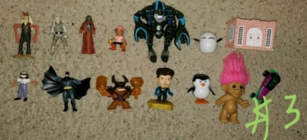 Action figure lot $3
