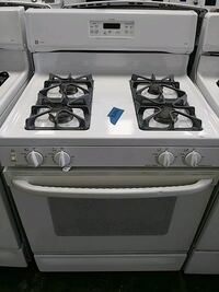 GE gas stove excellent conditions