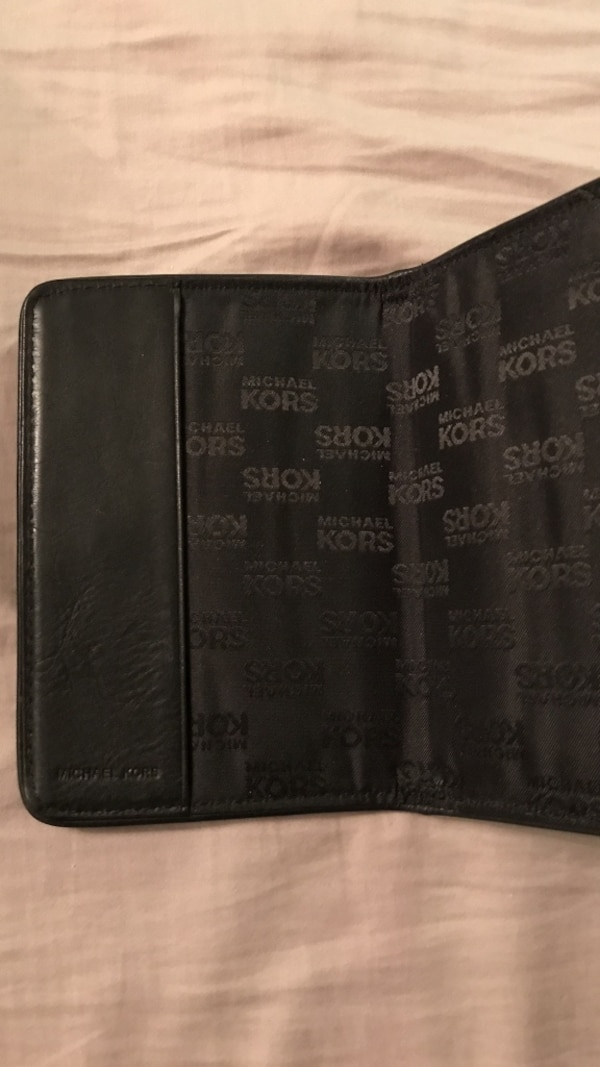 25bc3a3a287f Used Leather Michael Kors passport cover for sale in Markham - letgo