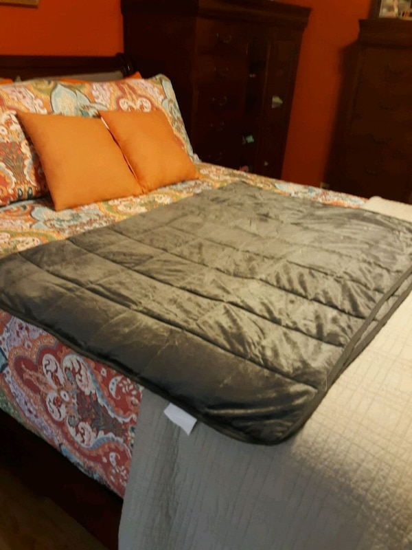 15 lbs weighted blanket 3e5b7107-4403-4487-a90b-71583f0a8927