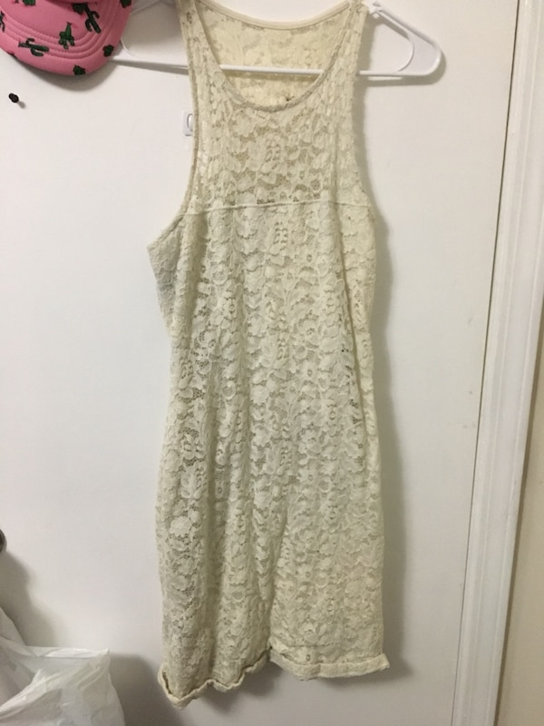 Sizes in description 2 casual dresses 2 formal