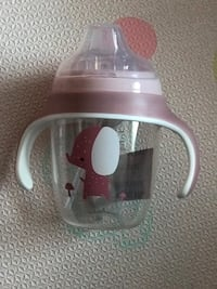 baby sippy cup with weighted spout and removable handle Abbotsford, V2T 4Y9