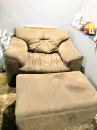 Oversized chair and storage Ottoman