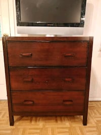 Nice solid wood chest dresser with big drawers in  Annandale, 22003