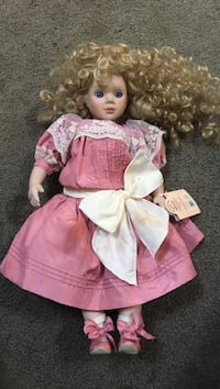 Dolls by Pauline. By Applause Exeter, 19606