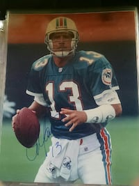 Dan Marino autographed 8 by 10 photo Melbourne, 32901