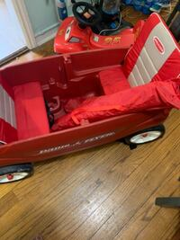 Radio flyer wagon HYATTSVILLE