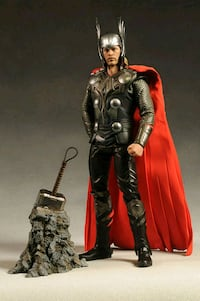 Hot toys Thor figure Richmond, V7C 3L1