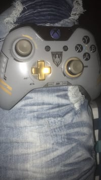 (limited) cod sentinel xbox1 Controller