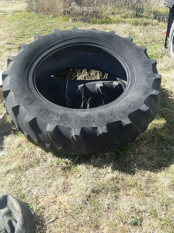 Used Tractor Tires For Sale >> Used 2 Large Tractor Tires For Sale In Abilene Letgo