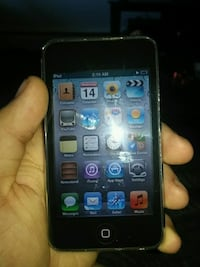 black iPod touch 5th gen Waterloo, N2K