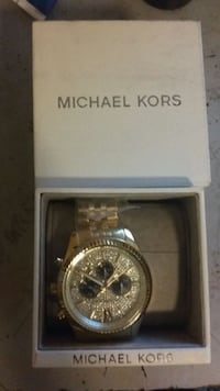 Authentic Brand new micheal kors watch Toronto, M4A 1A4
