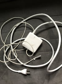 60W Mag MAC Apple Charger Alexandria, 22306