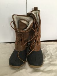 Tory burch winter boots size 10