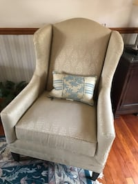 Cream wing back chair Forest Hill, 21050