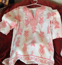 white and pink floral long-sleeved shirt 172 mi