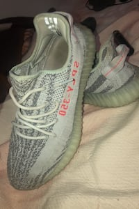 Yeezy Boost 350 V2 Blue Tint Mens Surrey, V3V 3C6