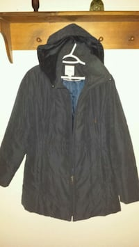Dark blue zip-up jacket 249 mi