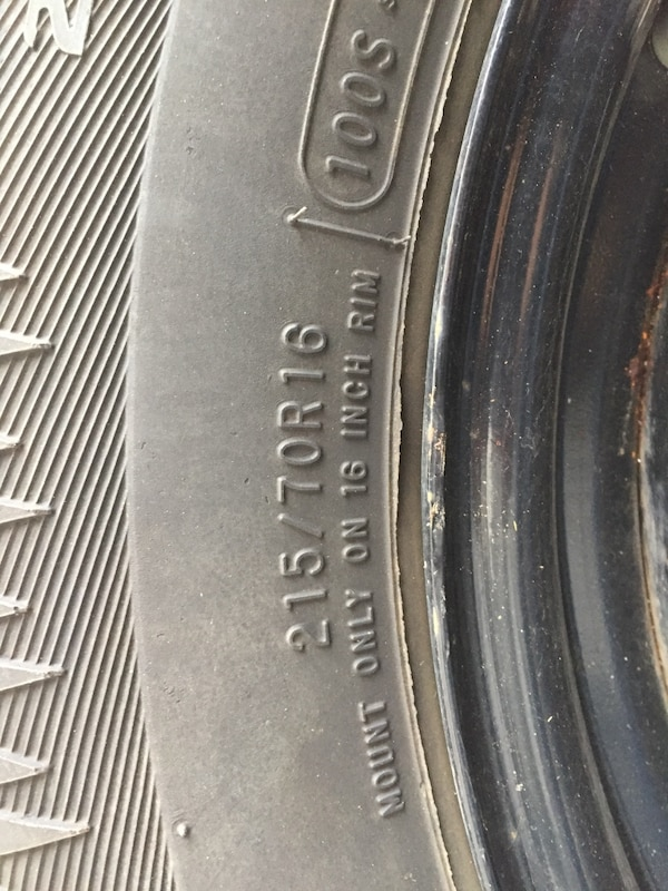 Winter Tires 215/70R16 4