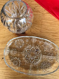 Glass serving tray and Hampstead, 21074