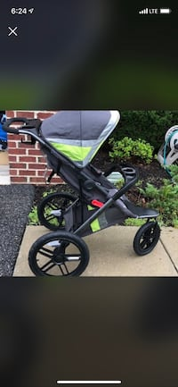Baby's black and green jogging stroller screenshot Upper Marlboro, 20774