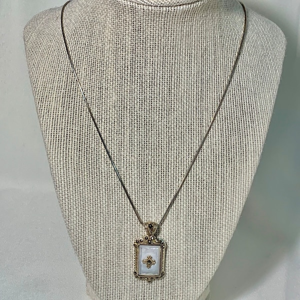 Sterling Silver & Mother of Pearl Pendant with Sterling Rope Chain