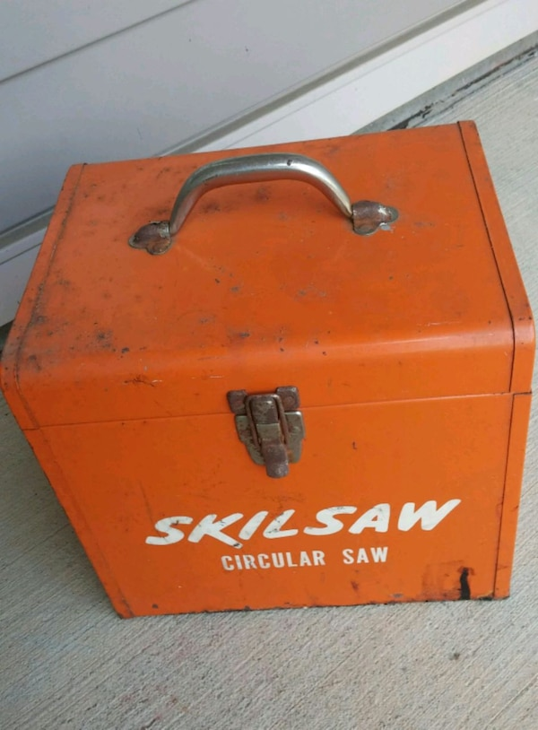 "Older Skilsaw #574 7 1/4"" Cir. Saw W/Case Blades 2"