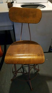 brown wooden chair  South Bend, 46619