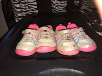 Toddlers Shoes  1629 mi