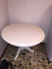 Round white wooden pedestal table Fall River, 02720