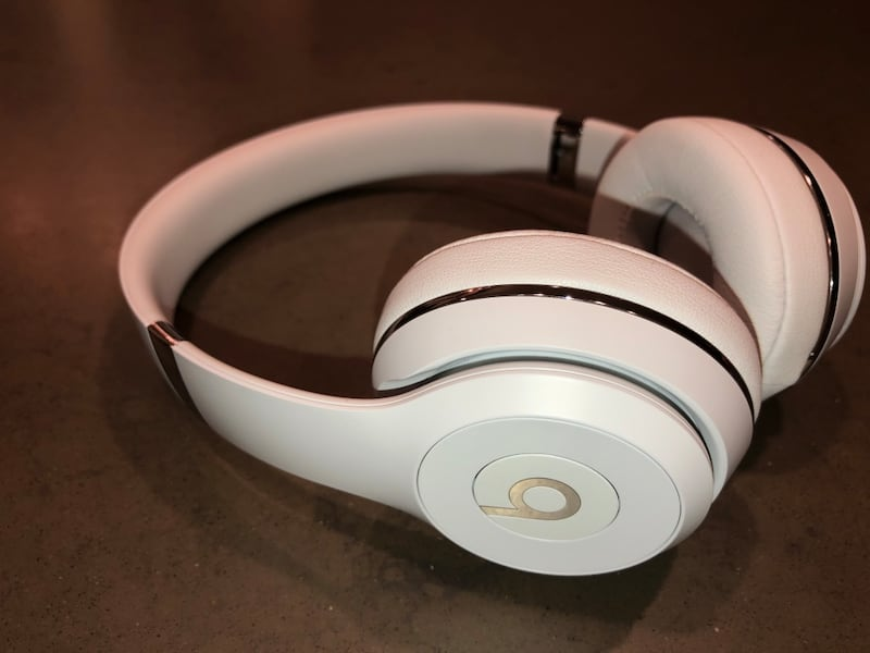 Beats Solo3 Wireless Headphones 2224b805-751f-4f01-ac00-f00edb26dc37