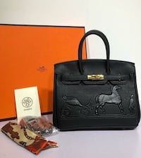 black leather tote bag and wallet Toronto, M2J 1L4