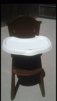 white and black high chair Porterville, 93257