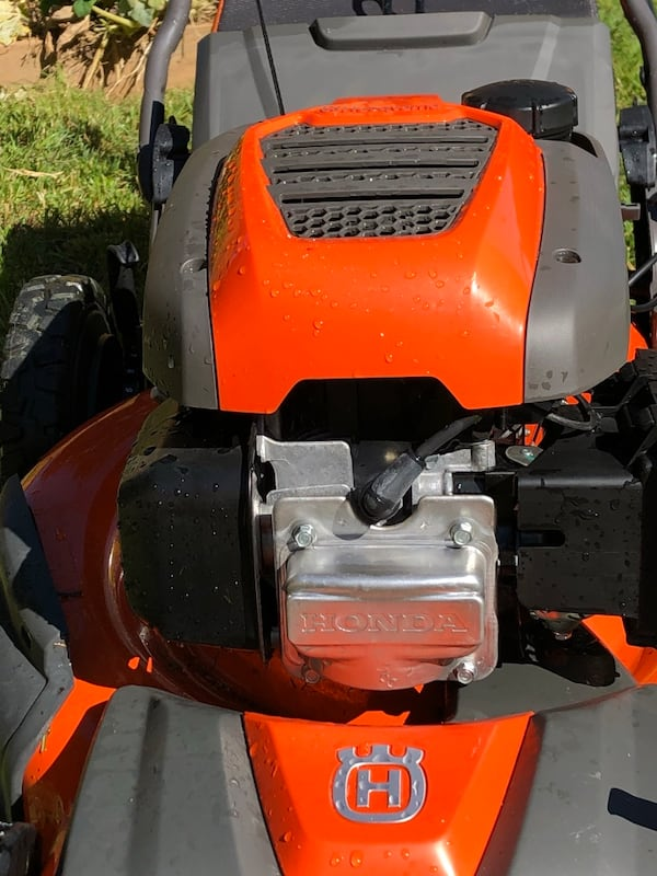 Honda husqvarna awd lawnmower 2