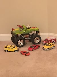 Lot of Miscellaneous Toy Vehicles—Noise & Lights Dinosaur Truck, Ambulance, Others w/ Opening Doors Vienna, 22180