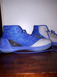 Size 10 Curry 3, good condition Kamloops, V2E 1J7