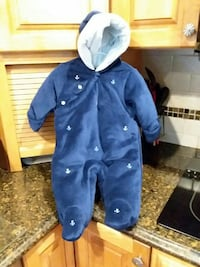 Baby 3-6 month snowsuit   Miller Place, 11764