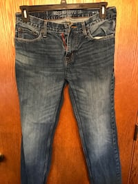 Mossimo & Roebuck Jeans Set (2 Pairs) (32/32) Morgantown