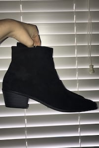 Boots size : 9