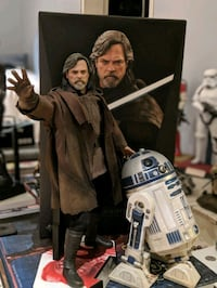 Star Wars Hot toys Luke Skywalker and deluxe R2D2 Burnaby, V5H 4L3