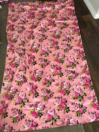 Pink and white rose graphic curtain  Castaic, 91384