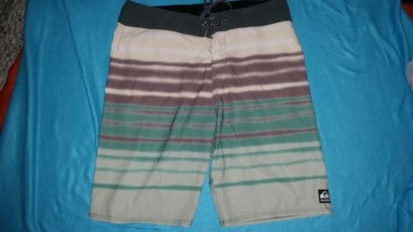 a58f31820a Used QUIKSILVER BOARDSHORTS MENS 34 VERY NICE & GR8 PRICE for sale ...