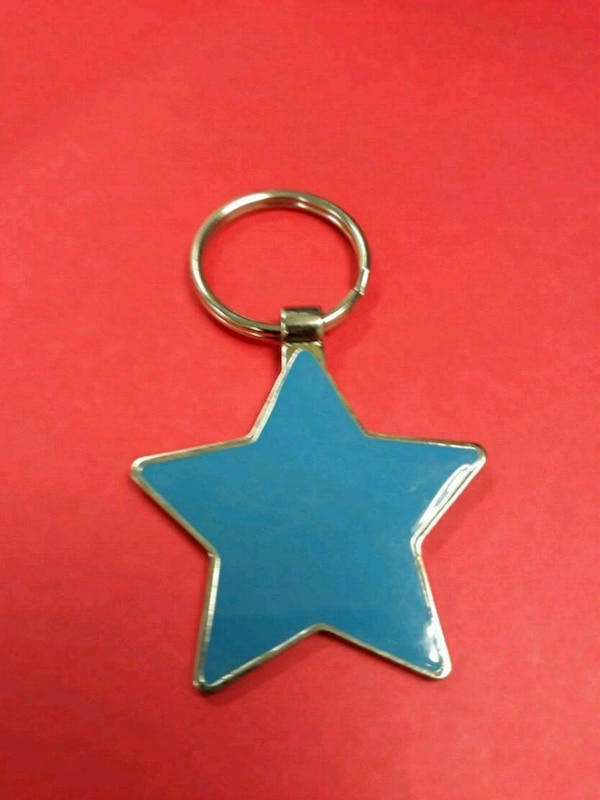 Coolest Looking Vintage Baby Blue Star Key Chain!