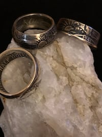 Three silver-colored rings Jackson, 08527